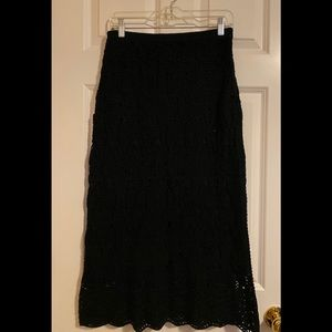 NWOT Dialogue black long crochet skirt.